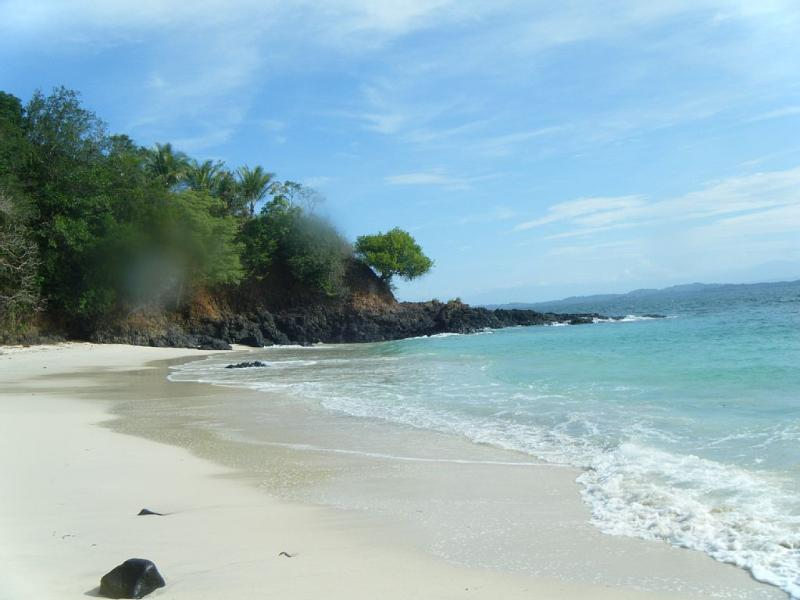 One of many beaches to discover at the nearby Chiriqui Marine Park