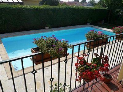 Schöner pool