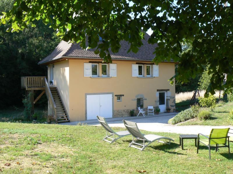 Un Gîte au Moulin Pressins, location de vacances à Lepin-le-Lac