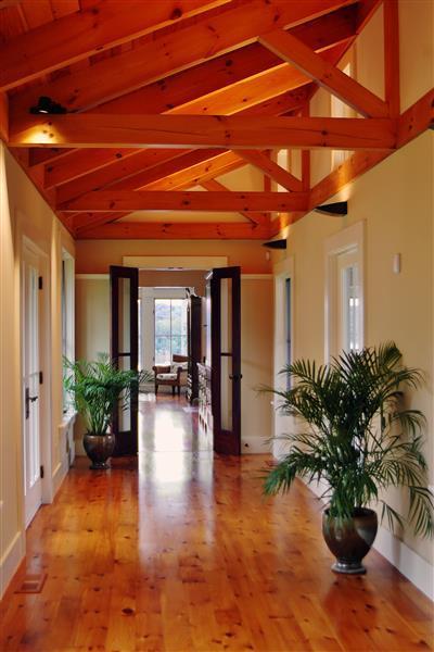 Le encantará elegante interior de esta casa