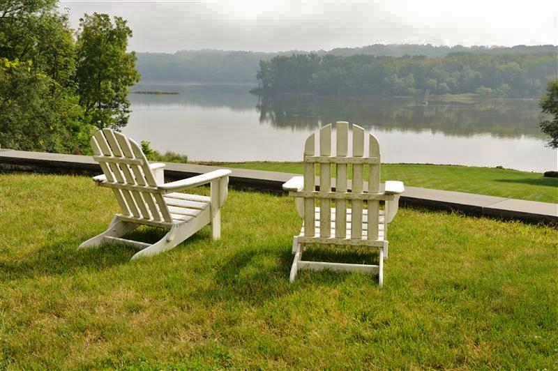Relajarse y disfrutar de la belleza natural del río Hudson