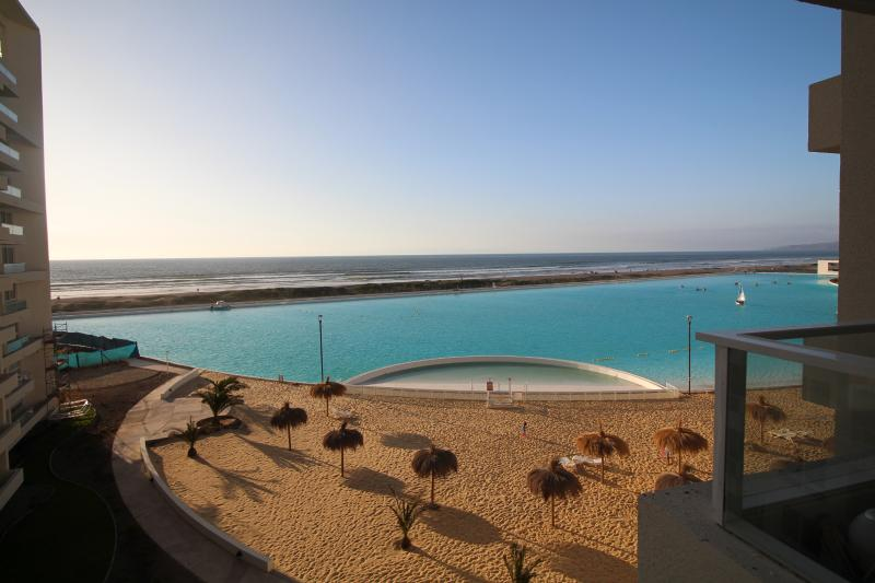 1 bedroom 5th floor frontal sea view La Serena, vacation rental in La Serena