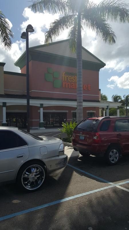 Fresh market-5 minute drive, here you can get groceries-organic included.
