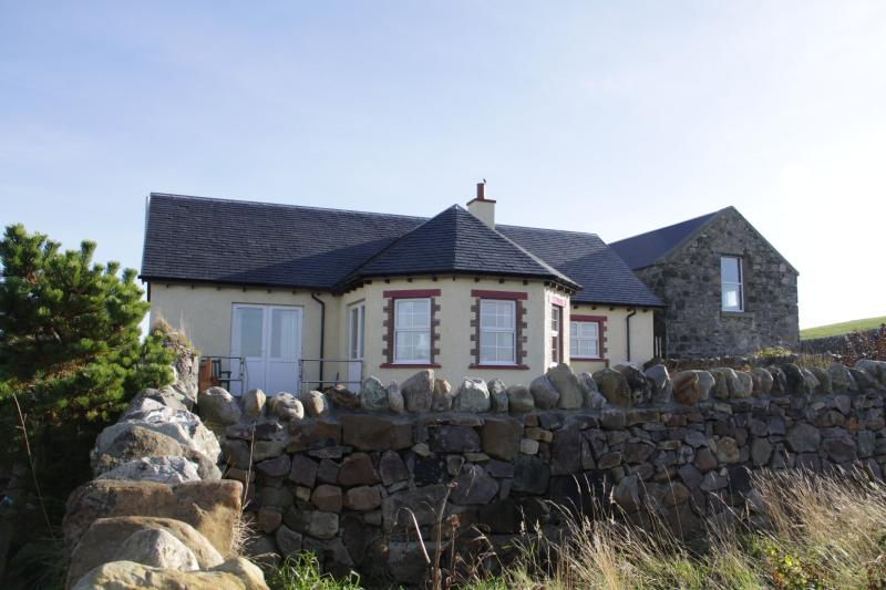 Coullabus Beag- a spacious, light and airy home, location de vacances à Kilchoman