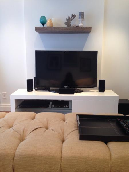 Enjoy Hdtv with this 42' tv.  Complete with dvd player and surround sound.
