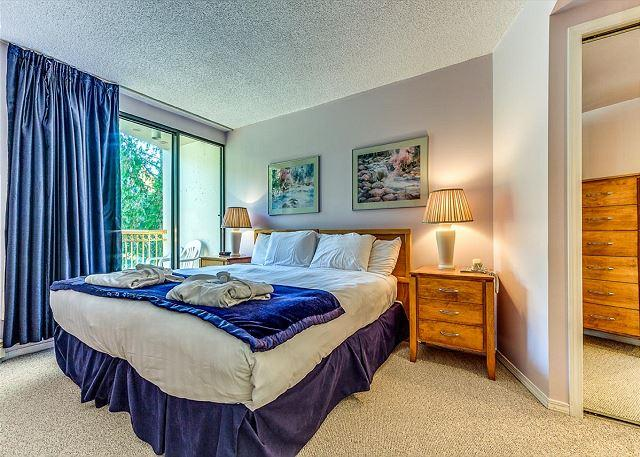 Master Bedroom - King Split can be made as twins or king upon re