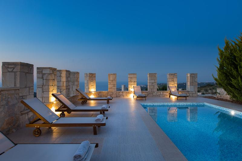 Simply blue...villa Aeolos swimming pool