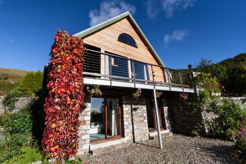 Tigh Ban Lek - rural holiday cottage, holiday rental in Balvicar