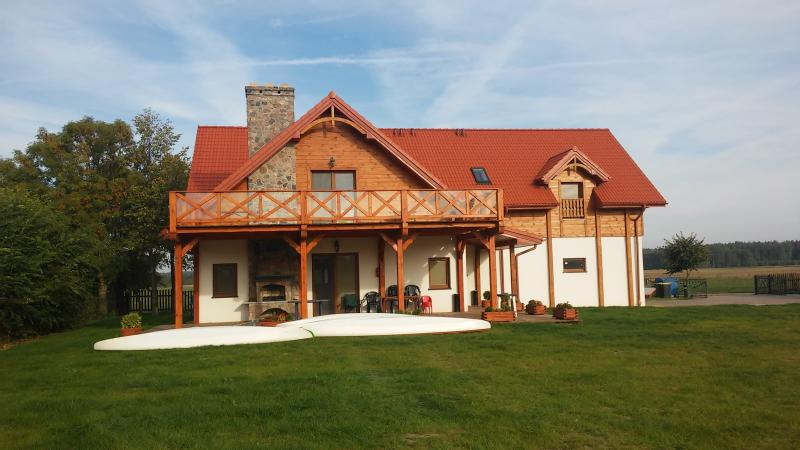 Dom nad Krzywym - House by the Krzywe, holiday rental in Northern Poland
