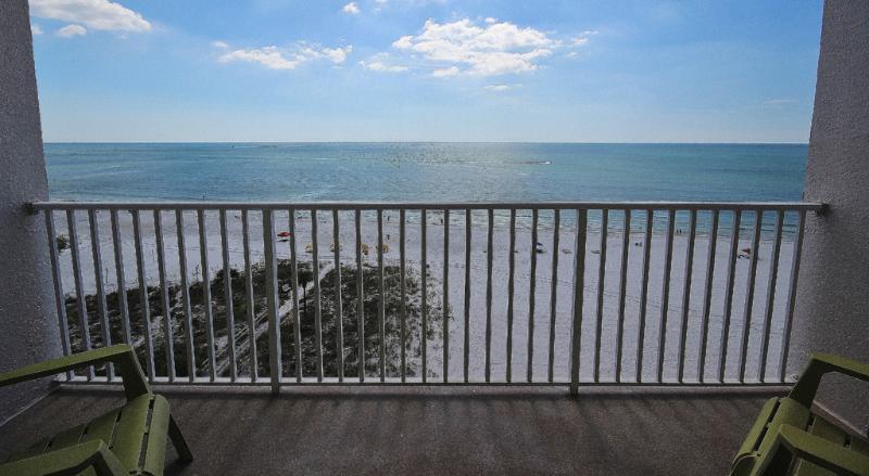 Parfait Vues du Golfe depuis le balcon de Sea Breeze 702 à Madeira Beach, FL