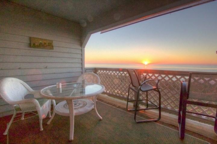Enjoy the sunrise with your morning coffee here.