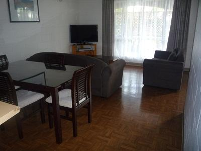 St Andrews Serviced Apartment-  Studio Apartment, holiday rental in Katherine
