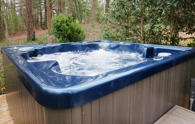 The brand new Dr. Wellness not tub is up & running! Come and soak!