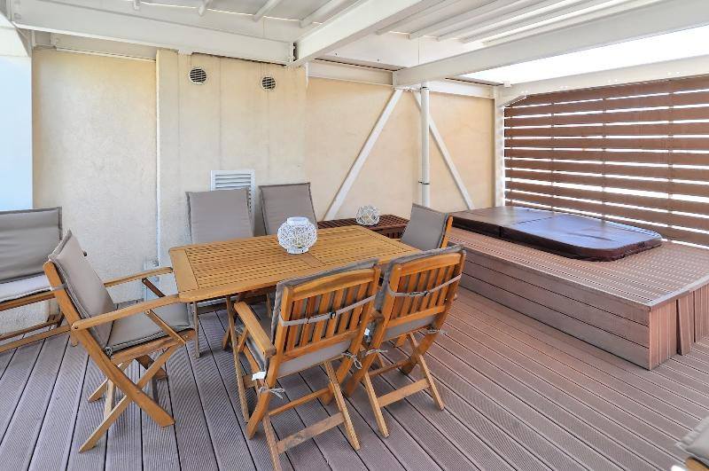 Rooftop made available to our guests upon coordination.