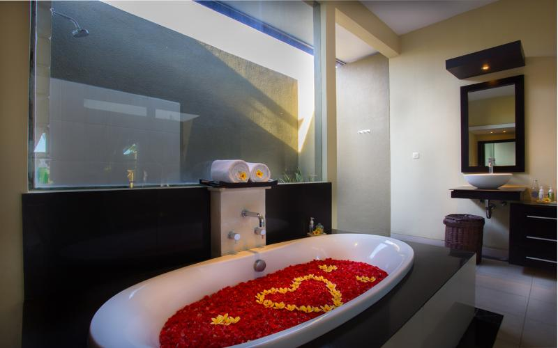 decoración bañera para paquetes luna mieleros