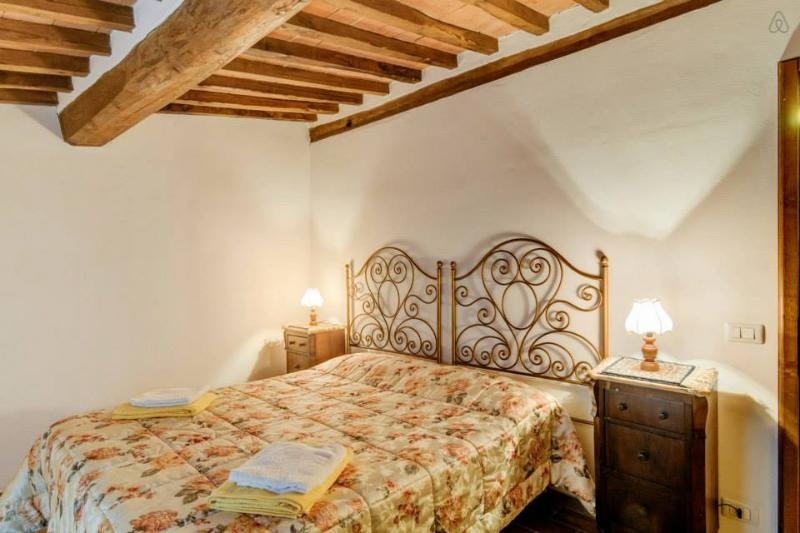 Case dei Fiori Residenza Storica, Torrita di Siena, vacation rental in Torrita di Siena