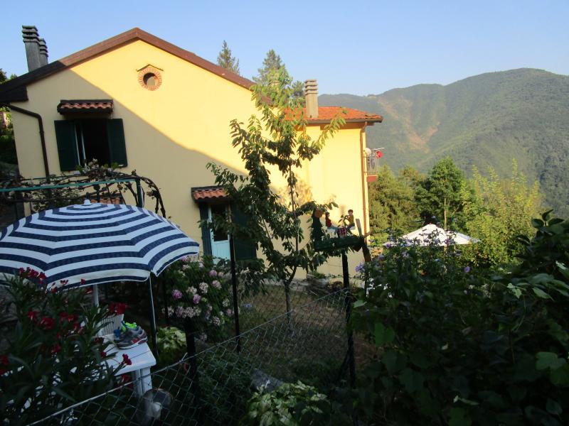 Casa con giardino privato