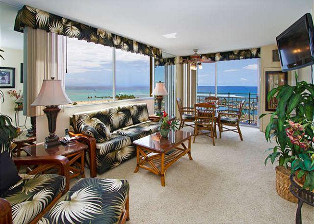 The Living Room with Spectacular Ocean Views!
