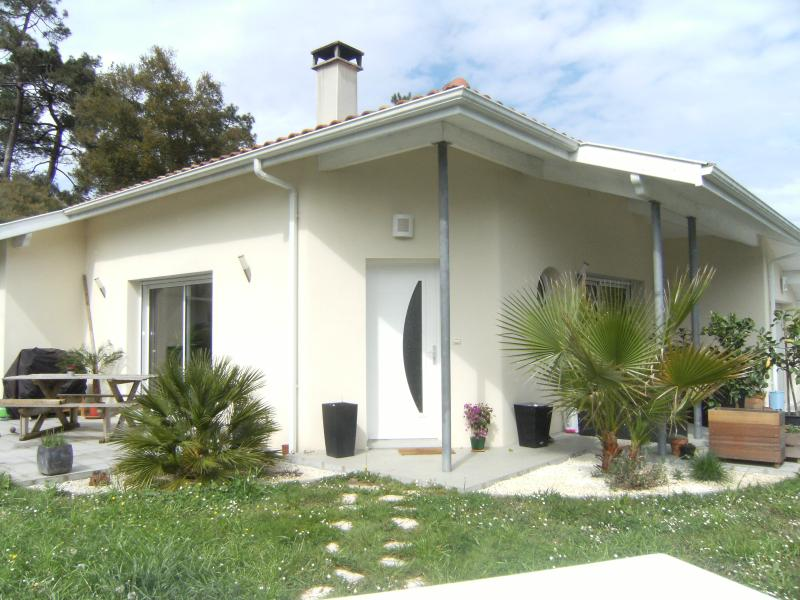 Maison neuve entre Bayonne et Capbreton, holiday rental in Saint Andre de Seignanx