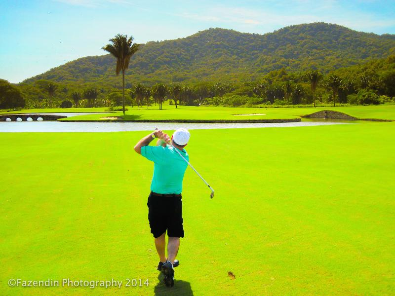 4 world class golf courses nearby