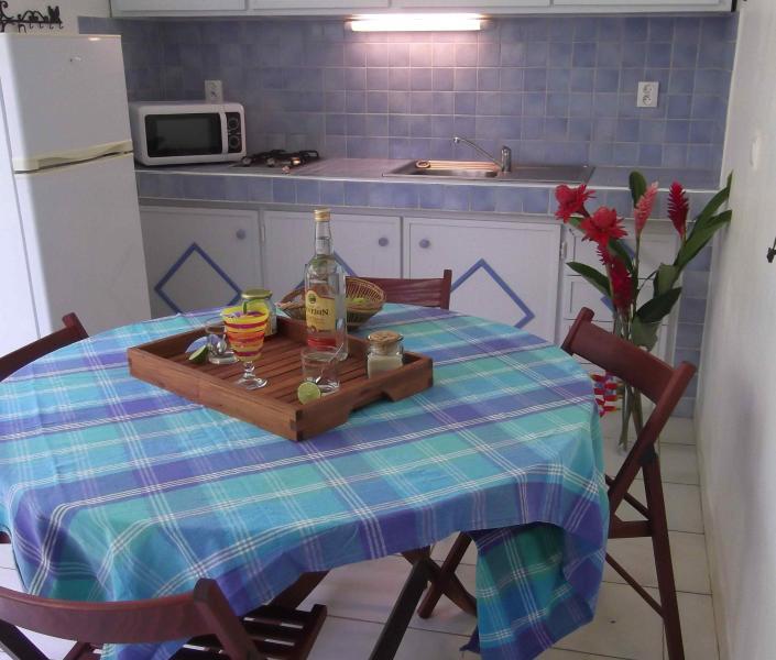 GITE AU PIED DU PARC NATIONAL, location de vacances à Sainte Rose