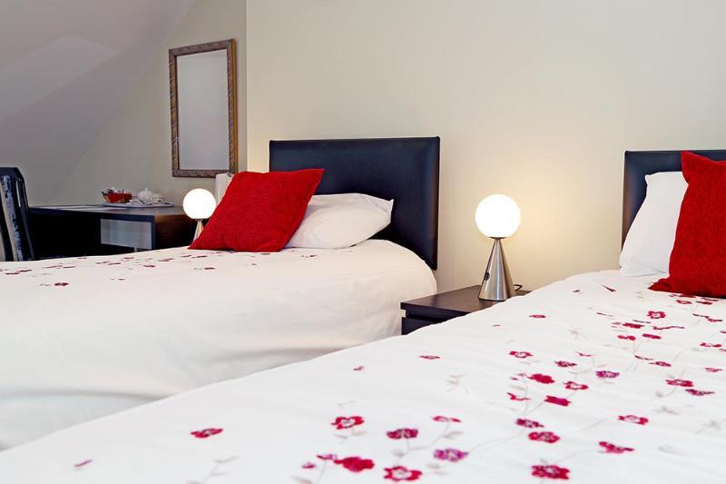 Kensington Lodge B&B Family Room, location de vacances à Stewartstown