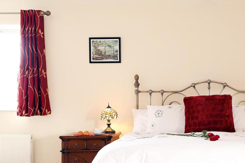 Kensington Lodge B&B Executive Room, holiday rental in Stewartstown