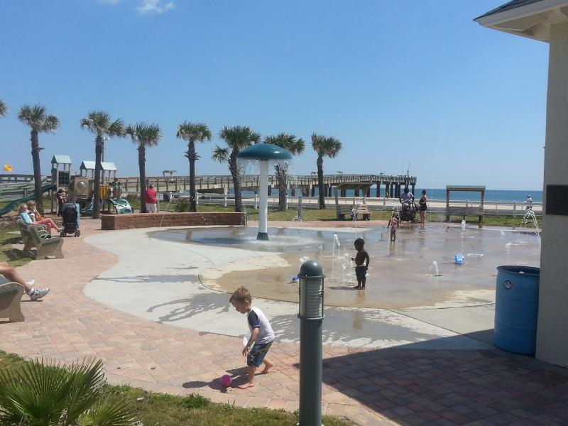 Splash park within 400 steps next to Ocean and pier