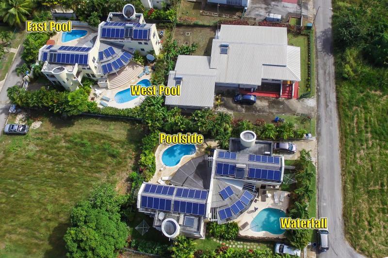 Vida Mejor poolside, vacation rental in Holetown