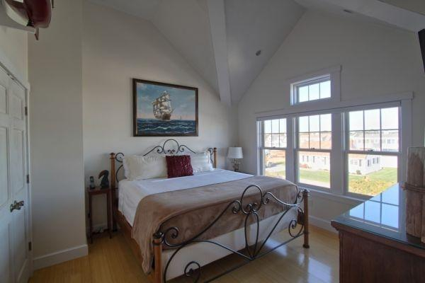 2nd Floor Additional King Bedroom