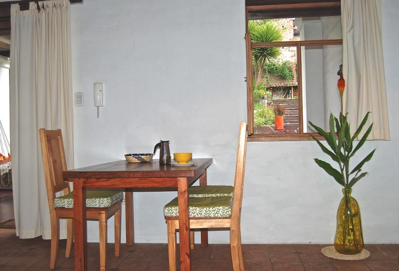 dining table for 3 persons