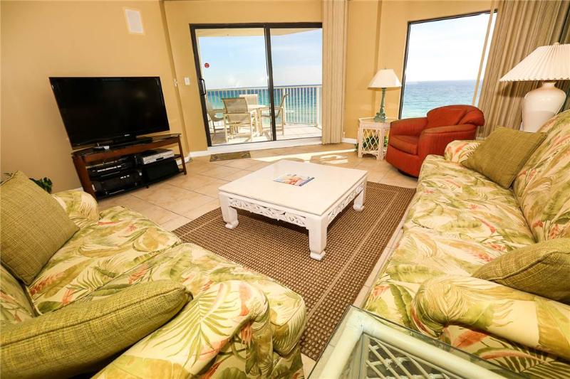 Coffee Table,Furniture,Table,Entertainment Center,Home Theater