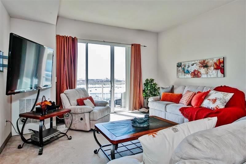 Fond memories and relaxation await you at this stunning Long Beach vacation rental apartment!