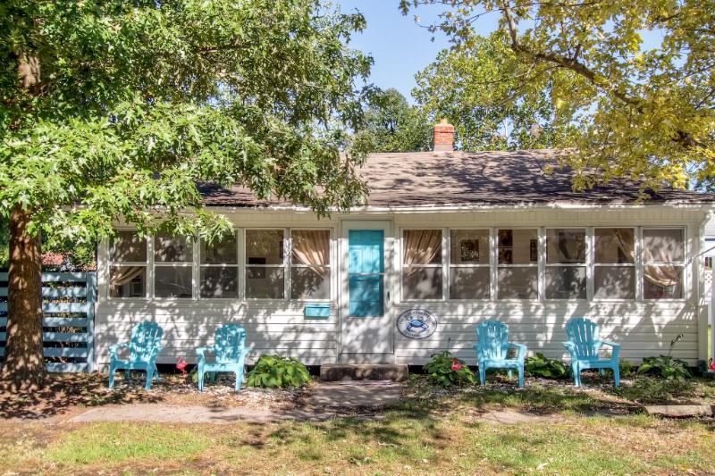 Sentez-vous comme à la maison dans cette charmante maison de vacances de plage coloniale!