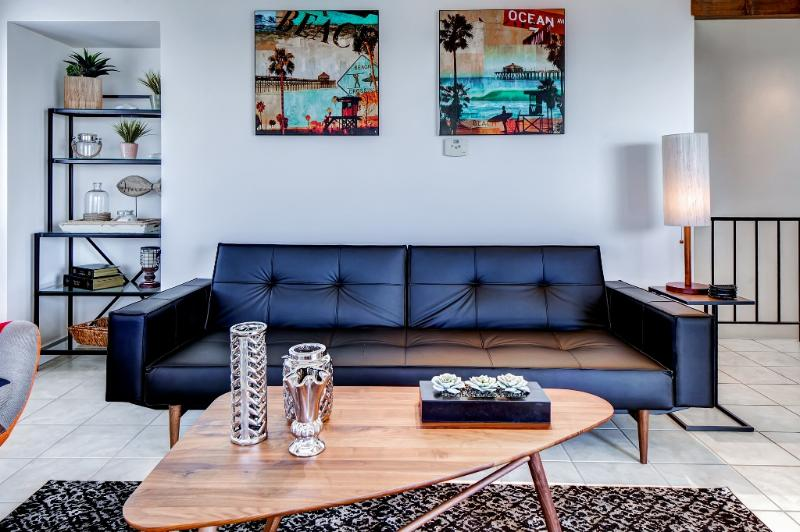 The unit features all brand new furnishings and modern amenities.