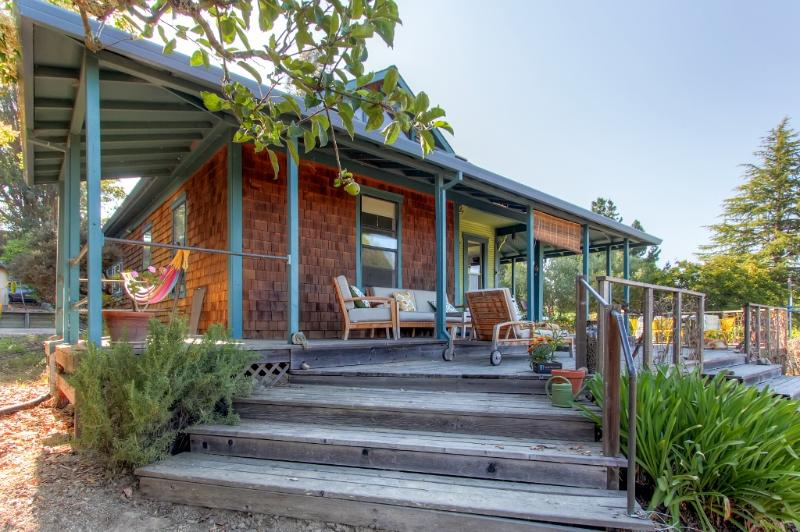 Escape to this lovely Sebastopol vacation rental home for a peaceful California getaway, surrounded by 2.5 acres of organic farmland!