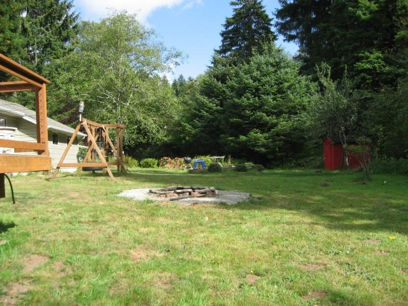 Huge backyard with Firepit