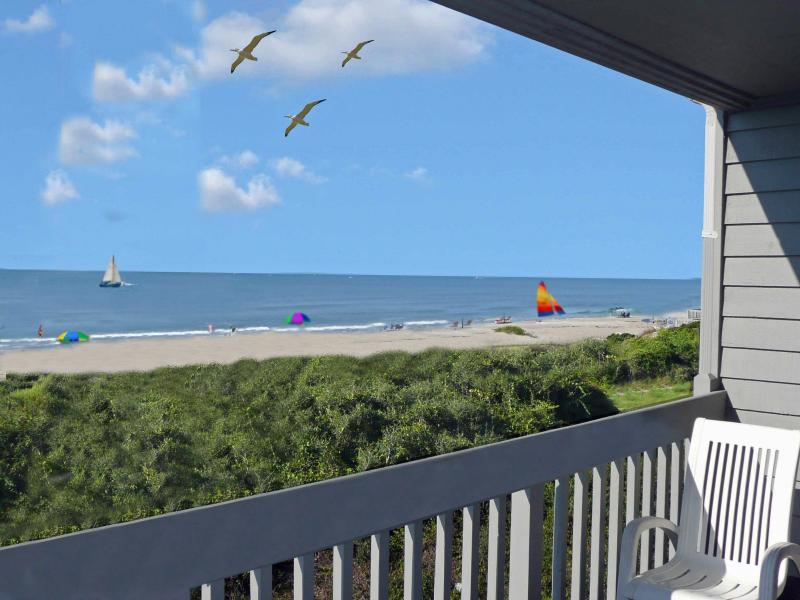 Ocean Front Beach Villa, location de vacances à Oak Island