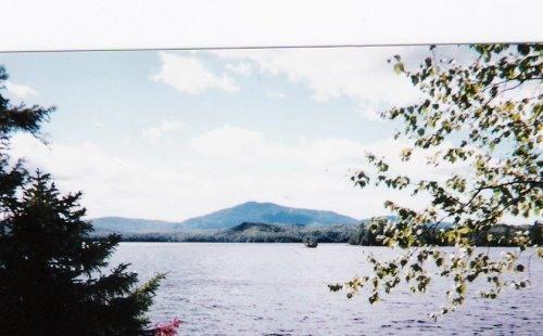 view Shore House- Borestone Mountain