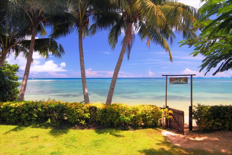 Beachfront Cottage on secluded romantic beach, holiday rental in Taveuni Island