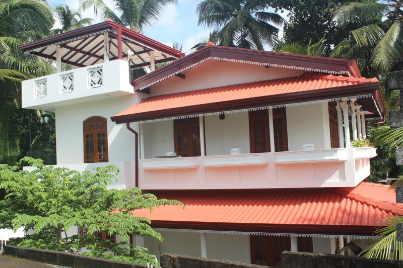 The White Lotus villa