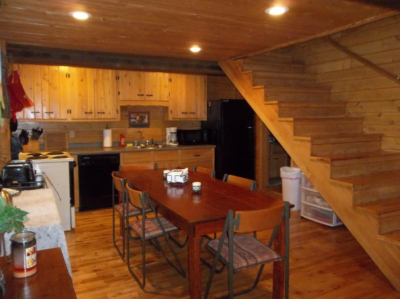 Aroostook County Lake Front Cabin, vacation rental in Monticello