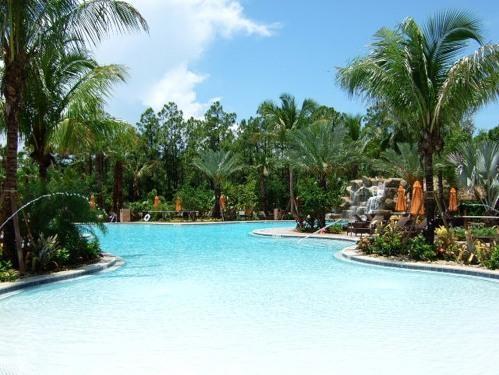 Fabulous Resort Pool