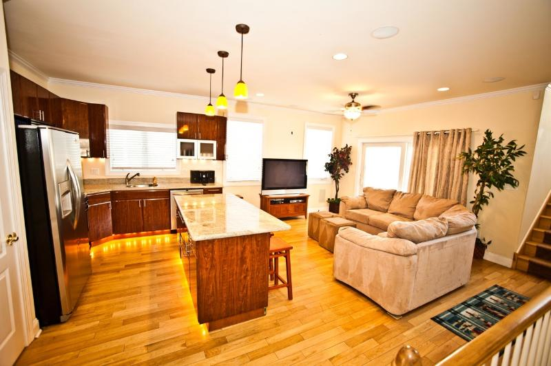 Kitchen and Living Room is Just Incredible! 50' Plasma HDTV with Free HD HBO!