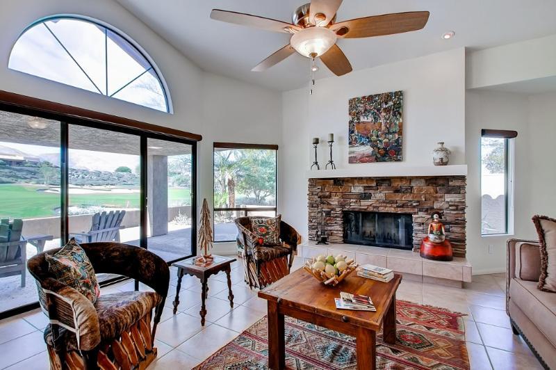 3BR Resort-Style House on Rams Hill Golf Club!, location de vacances à Borrego Springs