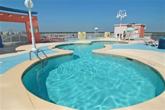 Upper Deck Pool