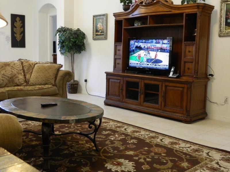 Brand New 40' LCD TV
