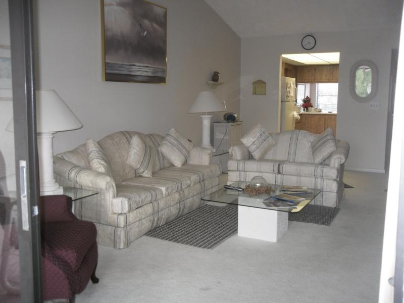 Windward Way Condo S In South Fort Myers Has Terrace And