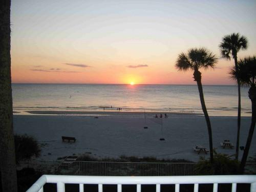 Sunset, gulf & beach views from condo!