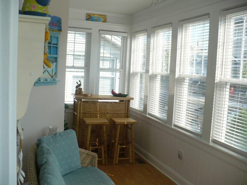 Enclosed Front Porch with Tiki Bar